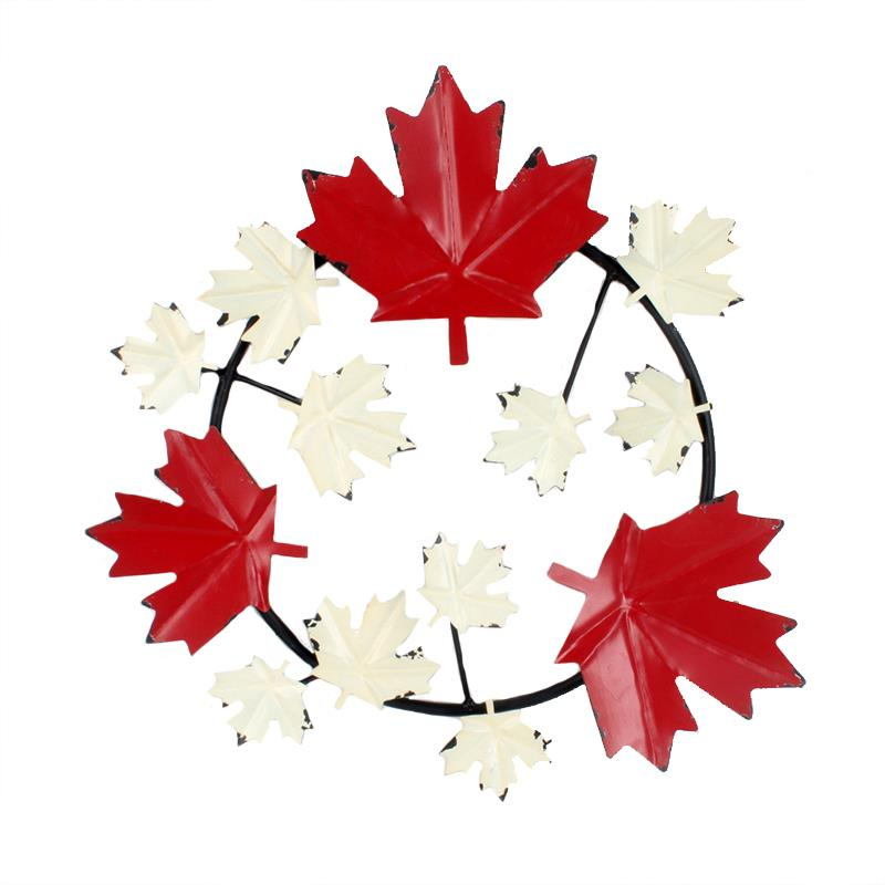 Maple Leaf Wreath Medium