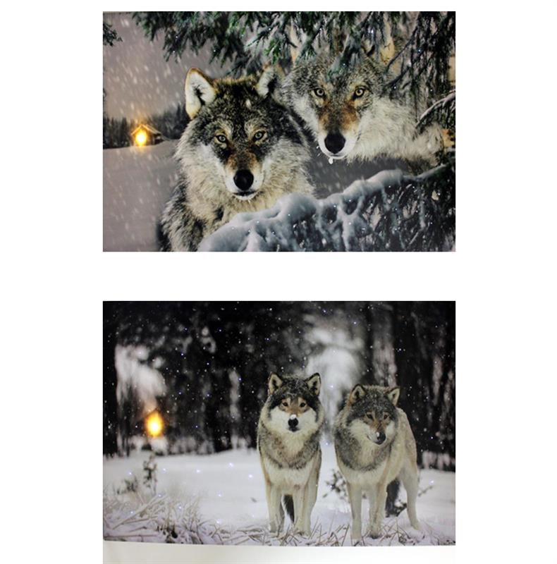 LED Wolf Scene Canvas 2 Asst